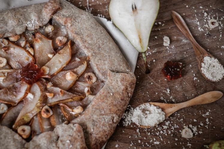 Tarte rustique vegan poire noisette erable 2