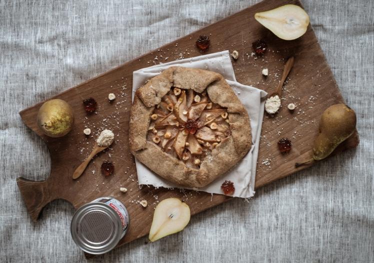 Tarte rustique vegan poire noisette erable